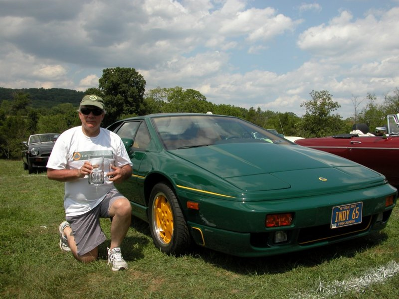 David Yahn with his class winning 1991 Lotus Esprit